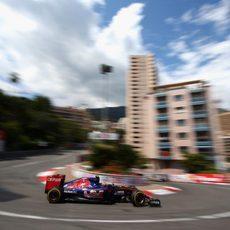 Carlos Sainz ha comenzado la carrera desde el pitlane