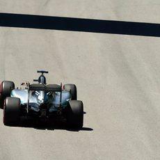 Lewis Hamilton avanza hacia la pole en Canadá
