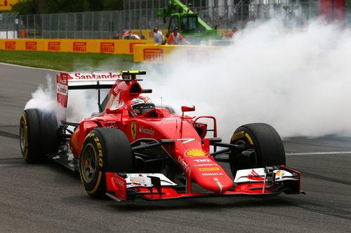 Trompo de Kimi Räikkönen en la carrera de Montreal