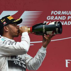 Lewis Hamilton celebra el GP de Canadá 2015