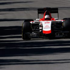 Will Stevens rueda con neumáticos blandos en el trazado canadiense