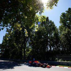 Daniel Ricciardo clasificó en una discreta novena posición