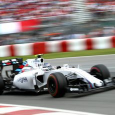 Valtteri Bottas con un fuerte ritmo durante la carrera
