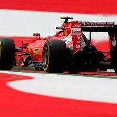 Kimi Raikkonen cae en la Q1