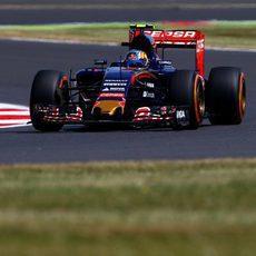 Carlos Sainz no puede con el ritmo de Verstappen