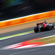 Max Verstappen impone un gran ritmo con medios