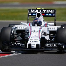 Bottas rodando esta mañana en Silverstone