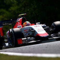 Roberto Merhi en la segunda sesión de entrenamientos libres