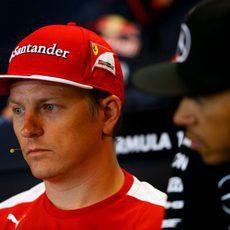 Kimi Räikkönen, renovado por Ferrari para 2016