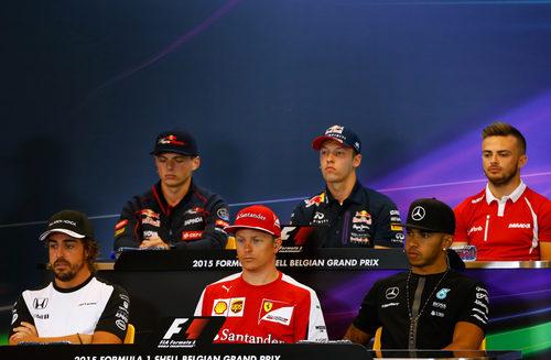 Los protagonistas de la rueda de prensa de la FIA en Spa