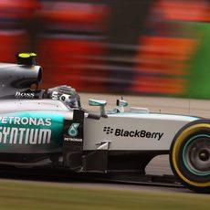 Nico Rosberg no pudo igualar a su compañero