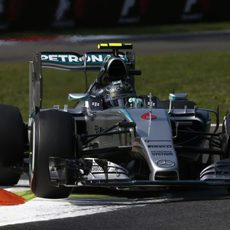 Nico Rosberg acabó segundo la jornada del viernes