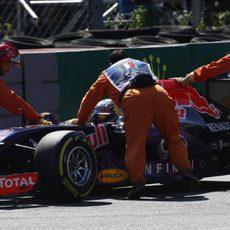 Daniel Ricciardo se queda parado en los Libres 3