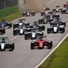 Se apagan los semáforos en Monza