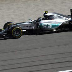Nico Rosberg firmó su primer abandono de la temporada