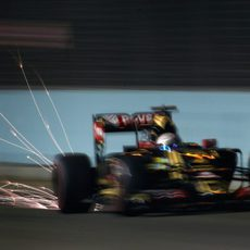 Romain Grosjean soltando chispas