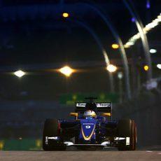 Marcus Ericsson comenzará la carrera desde la parte de atrás