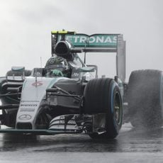 Nico Rosberg acabó segundo el viernes en Sochi