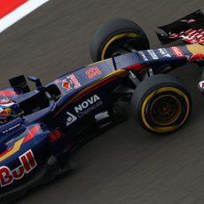 Max Verstappen alcanza la Q3 en Sochi