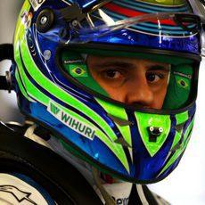 Felipe Massa celebra bajo su casco la cuarta plaza en Sochi