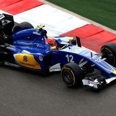 Felipe Nasr rueda con los blandos en las primeras posiciones