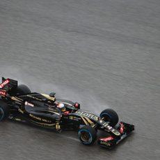 Romain Grosjean logra la 10ª posición en la parrilla de salida