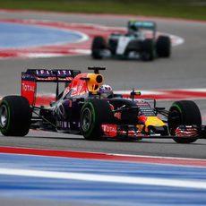 Daniel Ricciardo lideró la carrera en el GP 200 para Red Bull