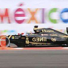 Romain Grosjean luchando con el rendimiento de los neumáticos