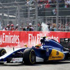 Felipe Nasr con problemas en los frenos