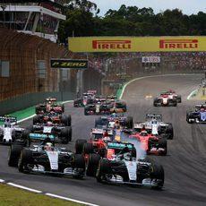 Salida del GP de Brasil 2015