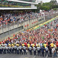 La pista de Interlagos se llena de aficionados