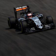 Nico Hülkenberg rodando en la sesión clasificatoria