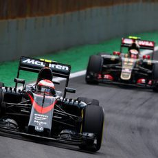 Jenson Button durante la carrera de Interlagos