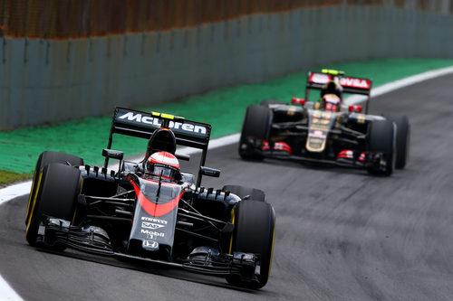 Jenson Button durante la carrera de Interlagos