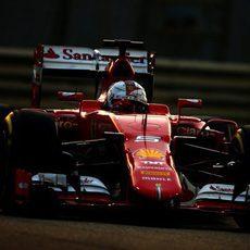 Sebastian Vettel durante su vuelta lanzada