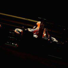 Max Verstappen se queda a las puertas de la Q3