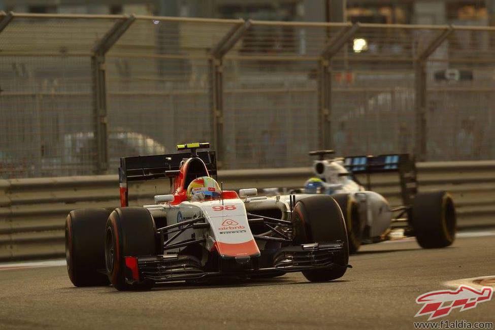 Roberto Merhi con los neumáticos superblandos