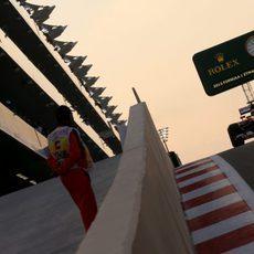 Kimi Raikkonen en el pit-lane