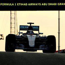 Lewis Hamilton se queda con la segunda posición