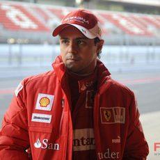 Felipe Massa prueba el F2008 en Barcelona