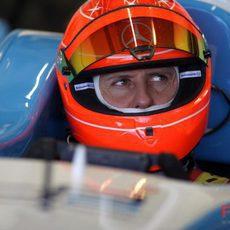 Schumacher luce su nuevo casco