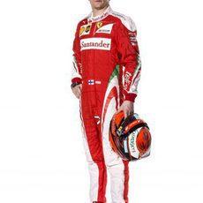 Kimi Raikkonen con mono y caso para 2016
