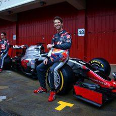 Los pilotos de Haas F1 Team en Barcelona