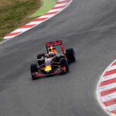 Daniel Ricciardo estrena el RB12