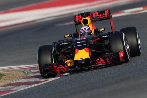 Daniel Ricciardo ha completado un buen segundo día de test