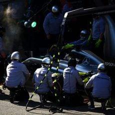 Prueba de pit stops para Lewis Hamilton