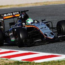 Nico Hülkenberg prueba sensaciones con los Pirelli experimentales