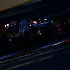 Romain Grosjean rueda con su VF16