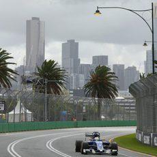 Marcus Ericsson rueda en Albert Park