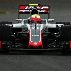 Esteban Gutiérrez en su primer GP con Haas
